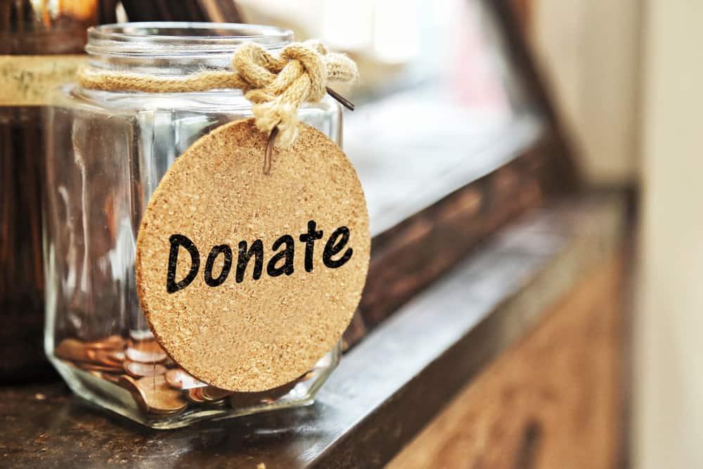 Grote donaties moeten openbaar worden