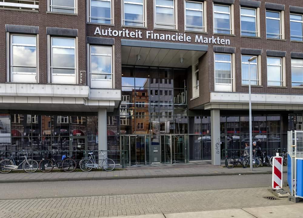 AFM: 'Belastingdienst, bereid je voor op kwijtschelden schulden'